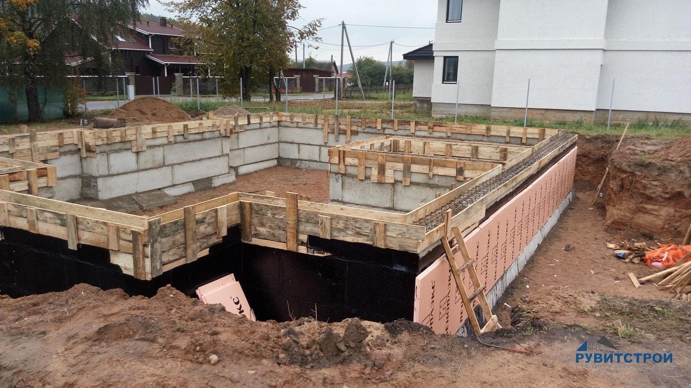 фундамент под дом из блоков